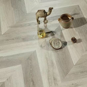 Chevron 1221*301*12mm Laminate Flooring (FL915)